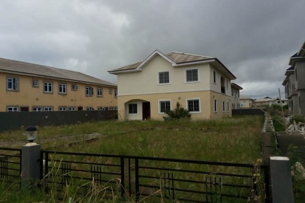 5Bedroom Detached House with 1Rm BQ in Lekki County Estate